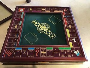 Franklin Mint Collectors Edition Monopoly Burleigh Waters Gold Coast South Preview