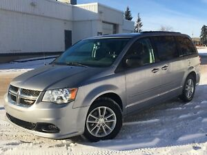 2015 Dodge Grand Caravan SXTStow-n-Go