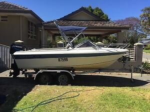 Savage Streaker 5m Boat Scarborough Stirling Area Preview