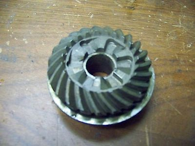 used clean MERCURY QUICKSILVER reverse gear 40 and 50 hp 23 teeth good dogs