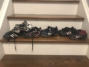 Soccer shoes. Sizes 10-1