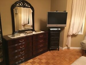 Mahogany queen set bedroom set