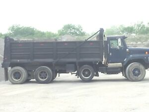 1992 International tri Axle dump truck