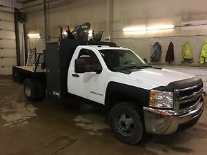 Chevy 3500HD picker truck