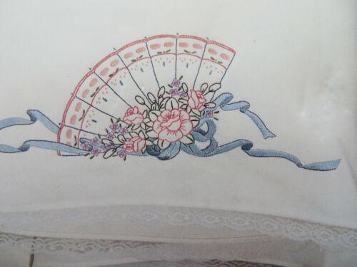 VOGART Stamped Pillowcase PAIR - Fans & Flowers w LACE TRIM