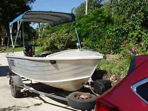 Aluminium boat and trailer for sale