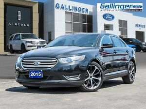 2015 Ford Taurus SEL AWD w/MOONROOF, NAV, HEATED LEATHER