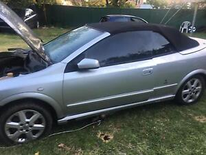 Holden Astra convertible 2002 roof in working conditions Bankstown Bankstown Area Preview