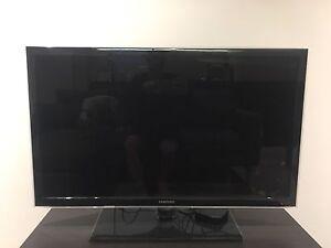 Samsung 37inch tv + Apple TV $300 Richmond Yarra Area Preview
