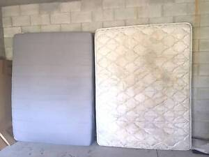 Free: 2 Queen mattresses Taringa Brisbane South West Preview