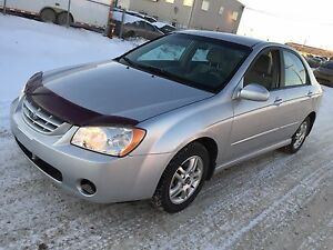 Reduced 2005 Kia Spectra Sedan only 52000km  CERTIFIED