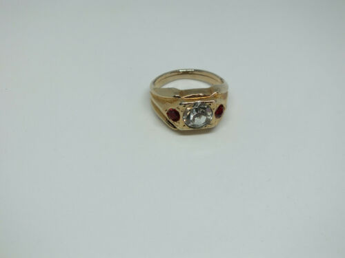 """Beautiful Gold Tone Cocktail Ring Clear Red Rhinestones 1/2"""" Face Size 11 NICE"""