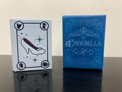 *Cinderella * ~ 2021 Hallmark Miniature Book ~ Disney ~ New ~ Cute! ~
