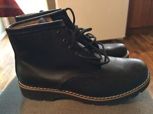 Brand new Roots Boots 81/2