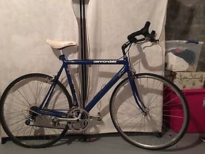 Cannondale 3.0 series aluminum road bike