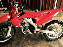 2011 fuel injected crf250 just had top end rebuild Doonside Blacktown Area Preview