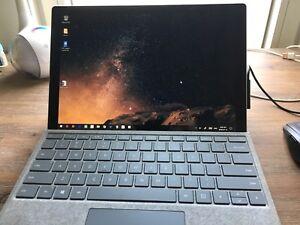 Surface pro 2017, 8G 256SSD