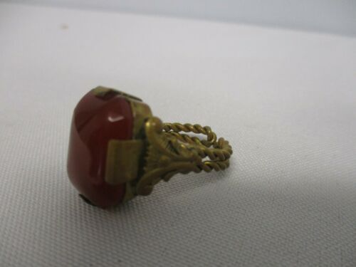 ANTIQUE TWISTED WIRE RING with AMBER GLASS SIZE 3 ~ ADJUSTABLE