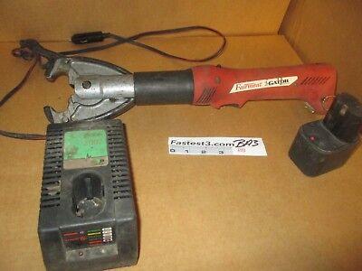 Greenlee Gator Ek425 Crimper 6 Ton Fairmont W Battery Charger