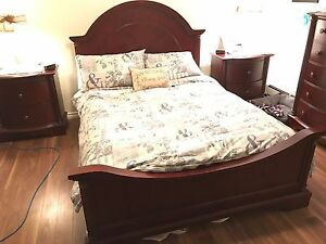 Selling queen bedroom set solid wood dark cherry