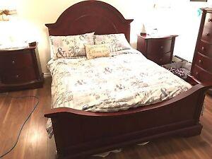 Selling queen bedroom set solid wood dark cherry