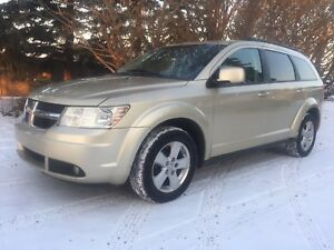 2010 DODGE JOURNEY LOADED MAKES A GREAT CHRISTMAS GIFT!