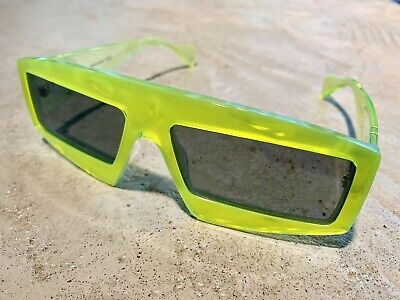 NEW Gucci Limited Edition Neon Green Sunglasses Shades Rihanna Met