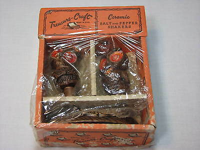 NEW Busch Gardens Treasure Craft Ceramic OWL Salt and Pepper Shakers Theme Park
