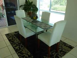 Dining table and chairs Highfields Toowoomba Surrounds Preview