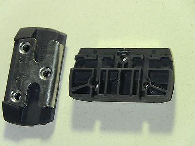 10 Stück WINKHAUS Schließblech PA6-GF 161-DES incl. Befestigungsschrauben