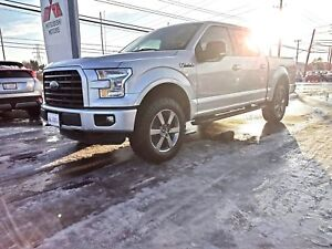 2015 Ford F-150 XLT - look at the KILOMETERS!!!