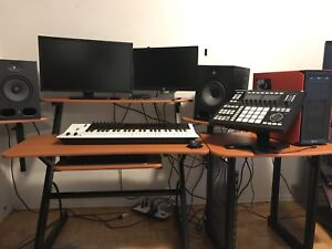 Yorkville Studio Desk w/ Monitor Stands & Side table