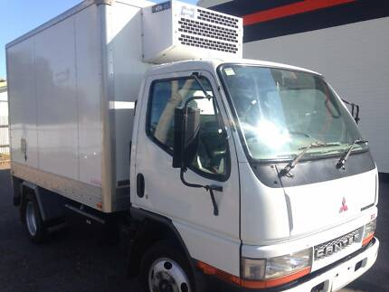 MITSUBISHI FUSO 2005 REFRIGERATED TRUCK CAR LICENCE Blair Athol Port Adelaide Area Preview