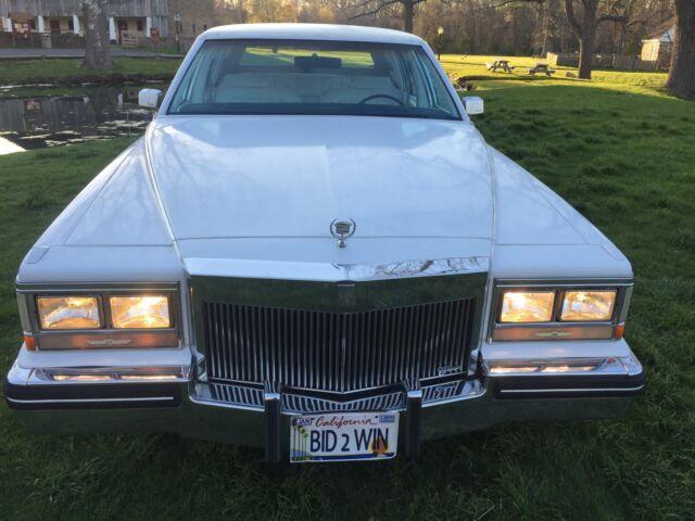 Imagen 1 de Cadillac Fleetwood 4.1L…