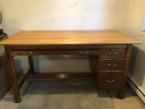Beautiful Well Made Desk with Outlet