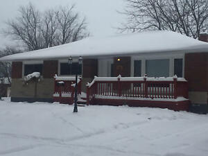 Newly Renovated Large 1 or 2 Bedroom in Chippawa Park - Welland