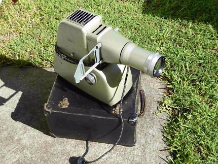 Medium Format Slide Projector