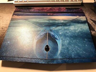 Alienware 13 R3 Gaming Laptop (I7-7700HQ, 32GB RAM, 512GB SSD, OLED, GTX 1060)