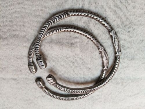 RARE ANTIQUE MOROCCAN ETHNIC SILVER BRACELET PAIR BERBER NORTH AFRICAN