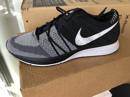 Nike Flyknit Trainer OG US 10