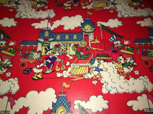 VTG DISNEY CHRISTMAS WRAPPING PAPER STORE GIFT WRAP 2 YARDS DONALD DUCK TRAIN