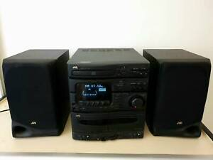 JVC CD and casette player with radio and 2 speakers