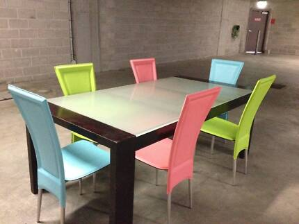 6-8 Seater Timber Dining Table & Chairs
