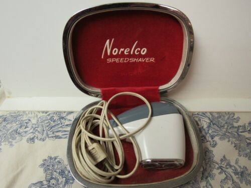 Vtg. Norelco Electric Speed Shaver w/ Case