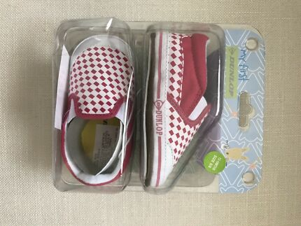 Dunlop volleys baby toddler shoes 12-18 months sneakers new