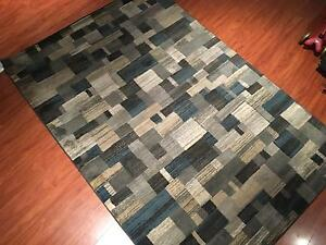 Wool patterned rug Doncaster Manningham Area Preview