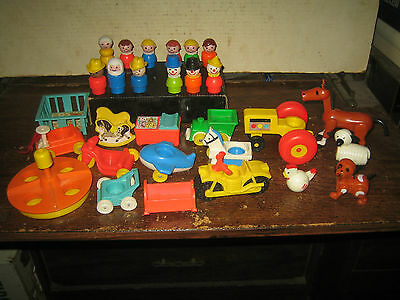 29 RARE HTF VINTAGE COLLECTABLE FISHER-PRICE LITTLE PEOPLE