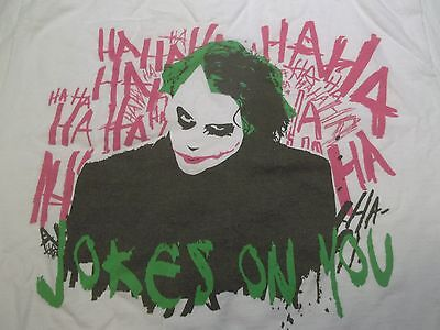 THE JOKER JOKES ON YOU BATMAN THE DARK KNIGHT HEATH LEDGER T-SHIRT-MED DC