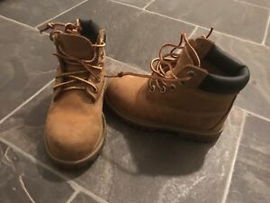 Side 8 Timberlands