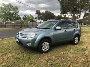 2008 Mitsubishi Outlander 4x4 with 4 cylinder engine